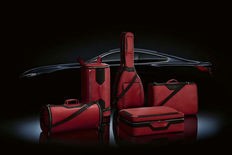 Коллекция дорожных аксессуаров Montblanc x BMW Luggage Set