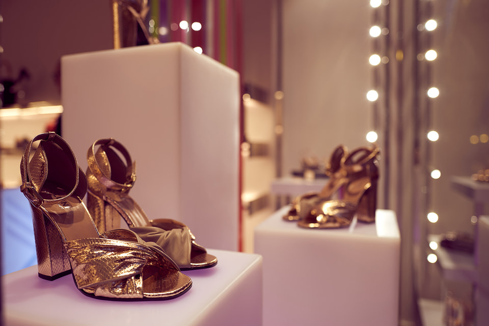 Эта модель босоножек  создана по случаю открытия бутика Pollini в ГУМе