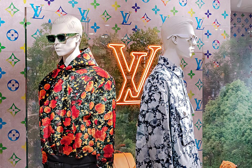 Поп-ап Louis Vuitton (ЦУМ), в котором представлена весенне-летняя коллекция 2019, дебютная для креативного директора Вирджила Абло