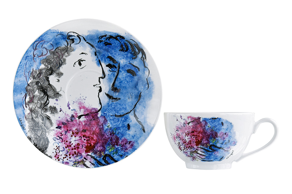 Предметы из чайного сервиза «Букет цветов Марка Шагала»