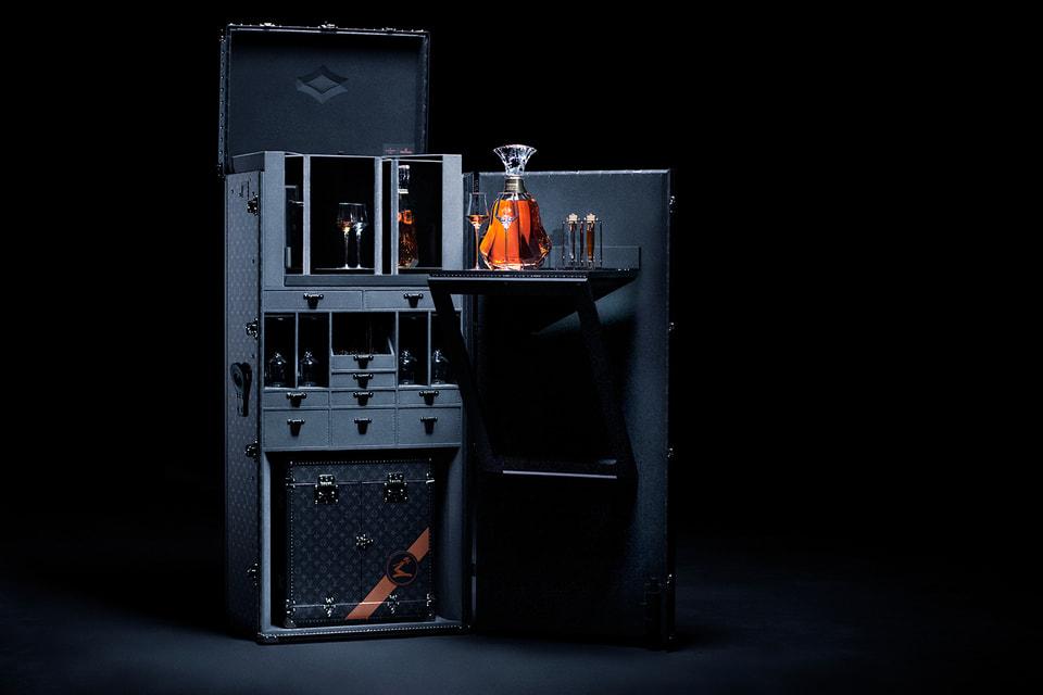 Мини-бар  Louis Vuitton с декантером по эскизу художника Арика Леви