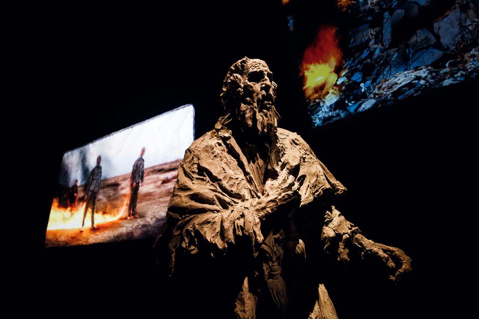 В Павильоне России представлена философская инсталляция  Александра Сокурова