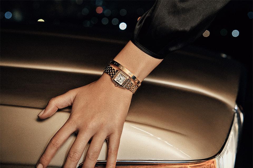 Часы Panthere de Cartier в корпусе и на браслете из желтого золота