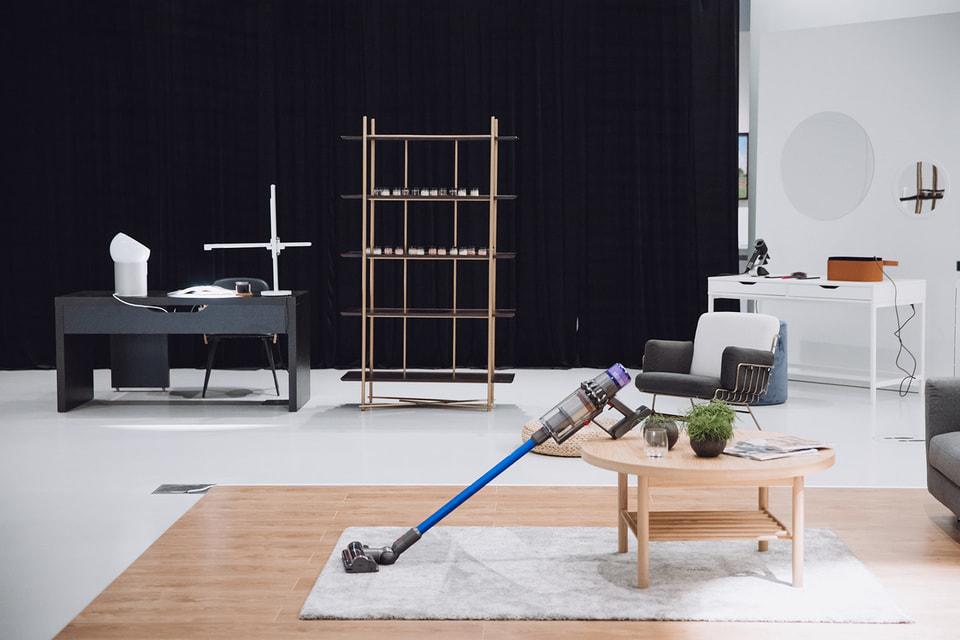 Бытовая техника сегодня – это еще и высокое искусство: например,  компания Dyson представила  этой весной свои новые продукты в формате интерактивной инсталляции в Музее Русского Импрессионизма