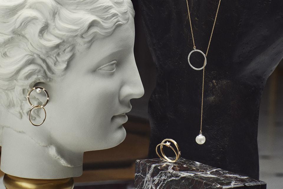 Футуристичная коллекция украшений-трансформеров создана Дельфиной Деллетре Фенди и посвящена отелю St. Regis Rome