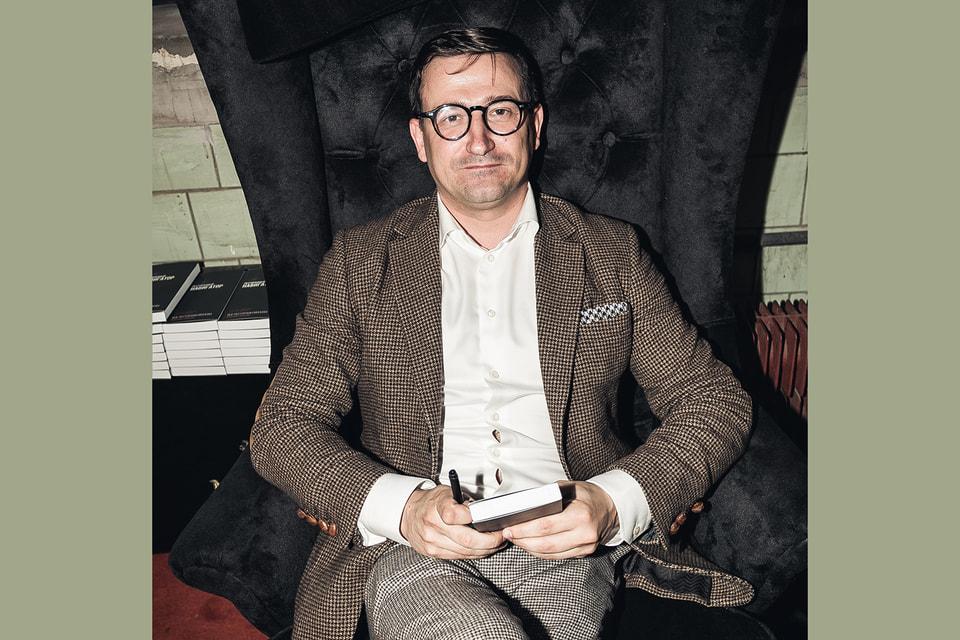 Автор «Ресторанного навигатора» – Михали Лопатин, ресторанный критик, а также создатель  блога Insider.Moscow