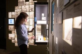 Фонды музея насчитывают более 250 тысяч единиц хранения — он впечатляет современной оснащённостью