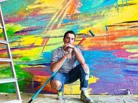 Несколько лет назад Макс открыл для себя новое направление – проекты-раскраски