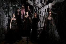 Драматичные образы коллекции Christian Dior haute couture осень-зима 2019/20