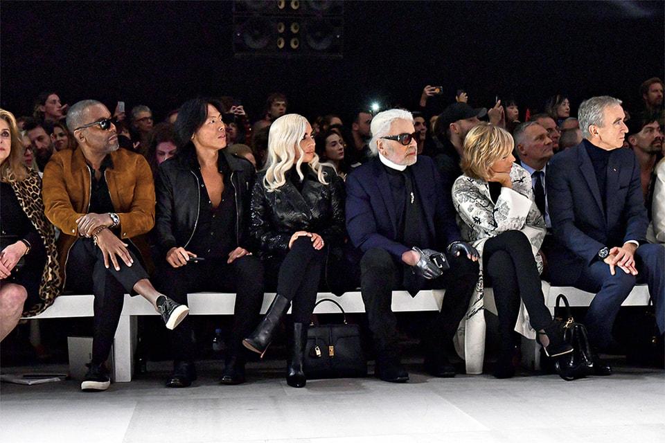 «Тяжелая артиллерия» от мира моды и люкса – Стивен Ган, Леди Гага, Карл Лагерфельд, Бернар Арно с женой Эллен – на показе первой коллекции Эди Слимана для Celine