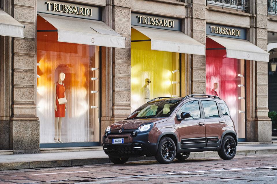 Автомобиль Panda Trussardi – городской кроссовер