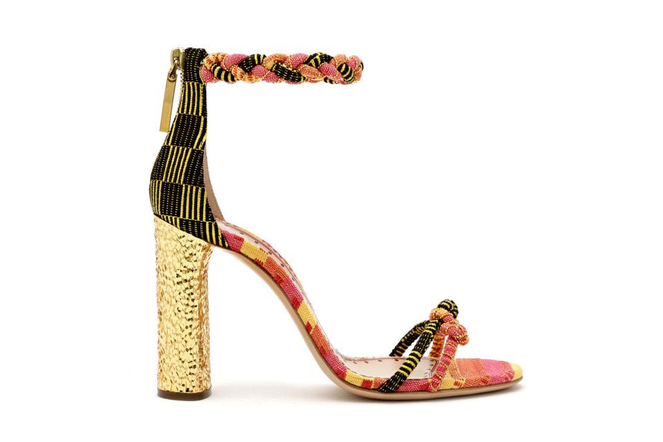 Капсула Artisanal Collection состоит из девяти моделей туфель