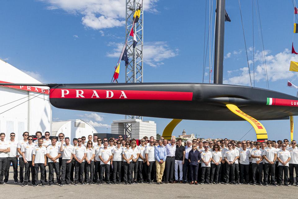 Лодку построили на заводе Persico Marine