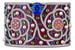 В браслете-манжете Folklore явственно читается византийский орнамент, сложенный из драгоценных камней
