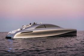Дизайнеры вдохновились плавными линиями S-класса и придали Arrow 460 форму волны с динамичными, но не агрессивными «вырубками»