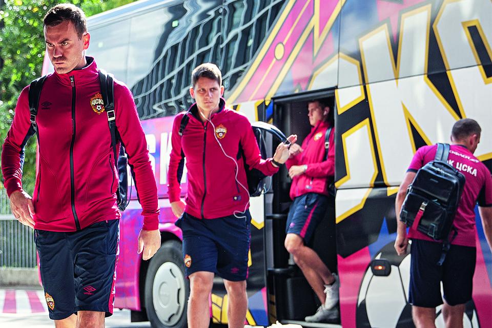 Игроки и другие члены футбольного клуба ЦСКА теперь путешествуют с багажом Piquadro