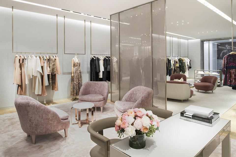 Архитектурный стиль XVIII века  и современный дизайн в интерьере нового бутика Dior
