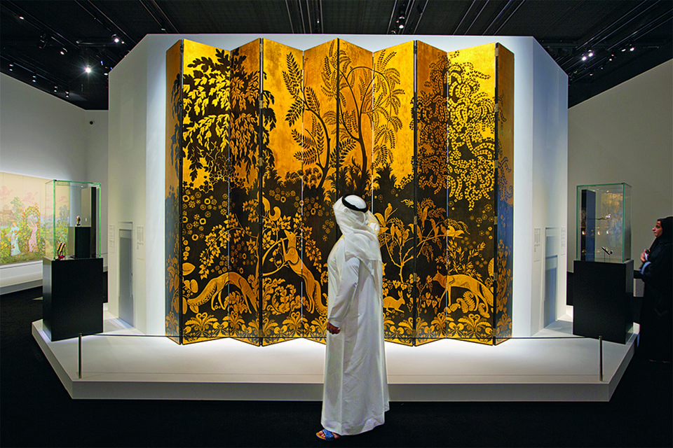 Инсталляция Cartier – изящный реверанс в сторону исторического периода, когда благовония считались атрибутами роскоши и относились к разряду драгоценностей