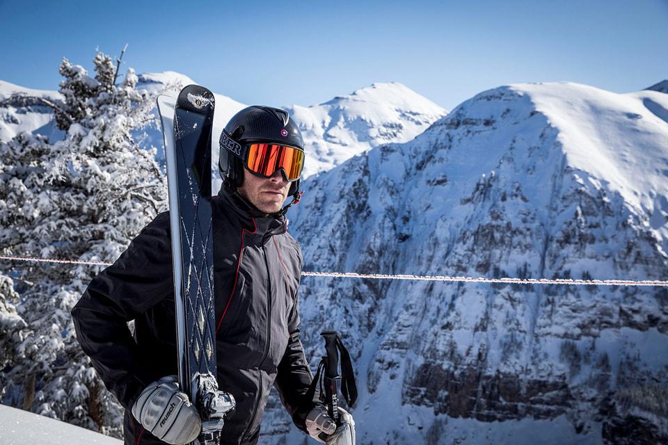 Bentley представила коллаборацию с лыжным брендом Bomber Ski