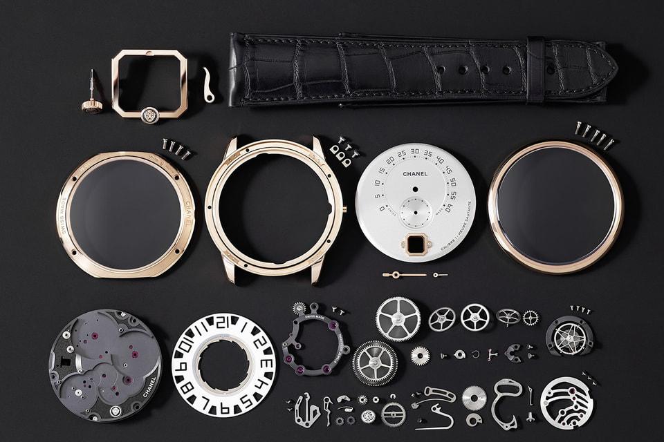 В 2016 году Chanel Horlogerie представил свой первый собственный Calibre 1 для мужских часов Monsieur