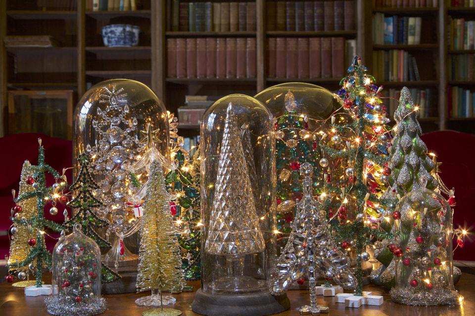 Эстонско-норвежский бренд Shishi славится не только предметами домашнего декора, но и рождественскими украшениями