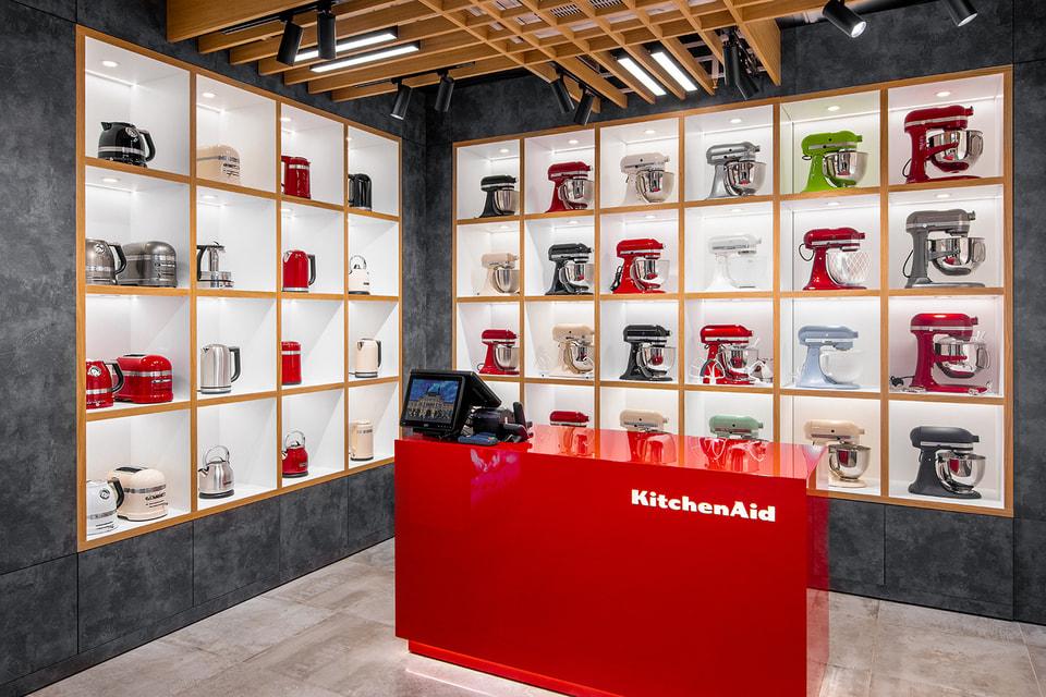 KitchenAid отмечает свое столетие открытием магазина в ГУМе