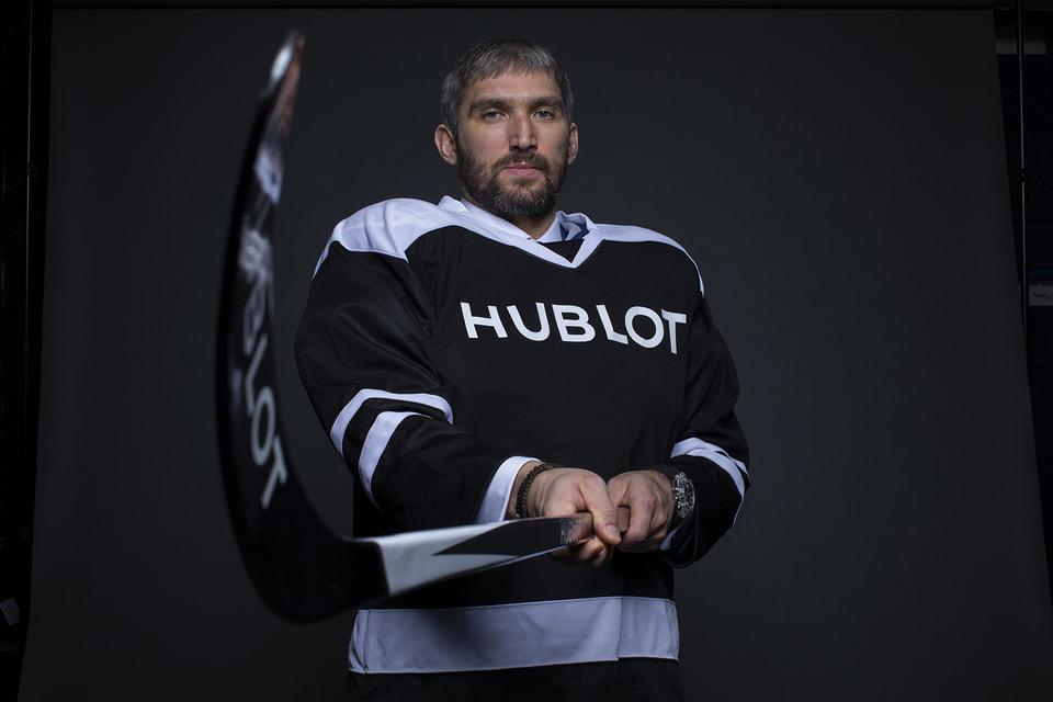 Хоккеист Александр Овечкин, обладатель Кубка Стэнли 2018 года и   трехкратный чемпион мира, стал посланником Hublot