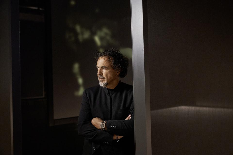 Режиссер Алехандро Гонсалес Иньярриту, посланник Rolex, в часах Oyster Perpetual GMT Master II