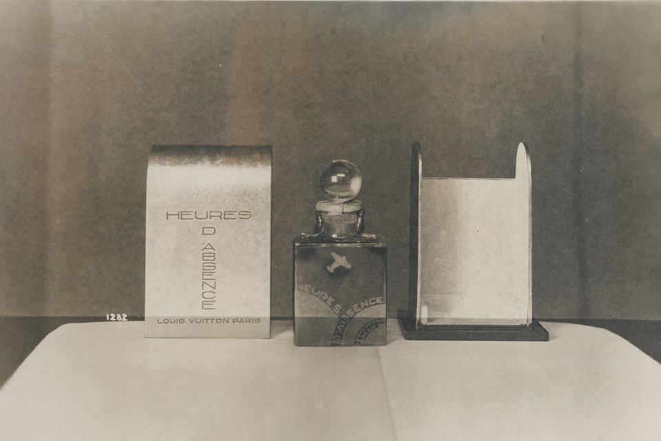 Первый аромат Louis Vuitton также назывался Heures D'Absence, но от него сохранился только флакон. Формула утеряна.