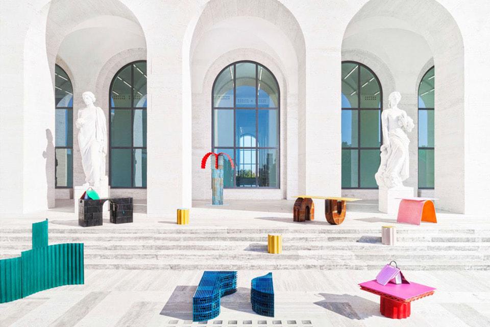 Объекты Roman Molds станут яркими акцентами на фоне белоснежной колоннады здания Palazzo della Civilta Italiana