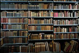 Особый интерес у библиофилов вызывают лжеиздания. Почему?