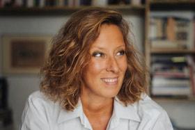 Маша Шмидт – сценограф, профессор Медонской академии художеств