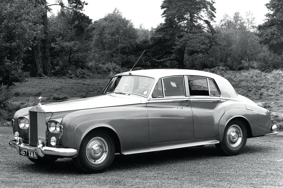 RR Silver Cloud III: такая модель была у Рода Стюарта и у не менее знаменитого Чабби Чекера