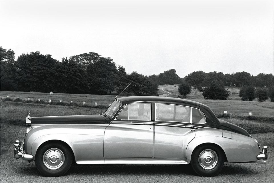 RR Silver Cloud II: сегодня автомобиль Элвиса стоит в музее певца в Лас-Вегасе