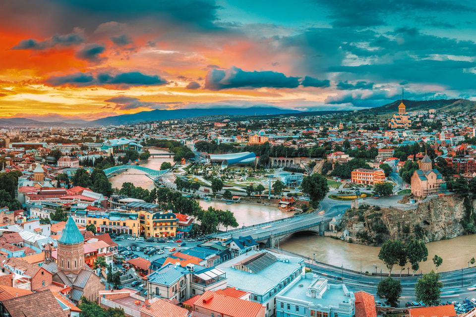 У Мнацаканова есть свой шорт-лист достопримечательностей грузинской столицы