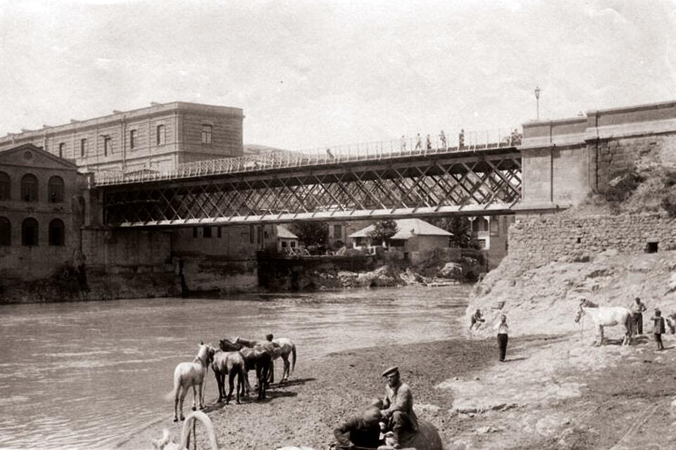 «В столице Грузии был исторический мост, созданный моим однофамильцем» – утверждает ресторатор