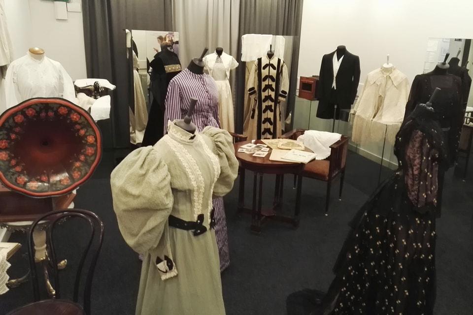 «Антология длинного платья» – одно из собраний Музея моды