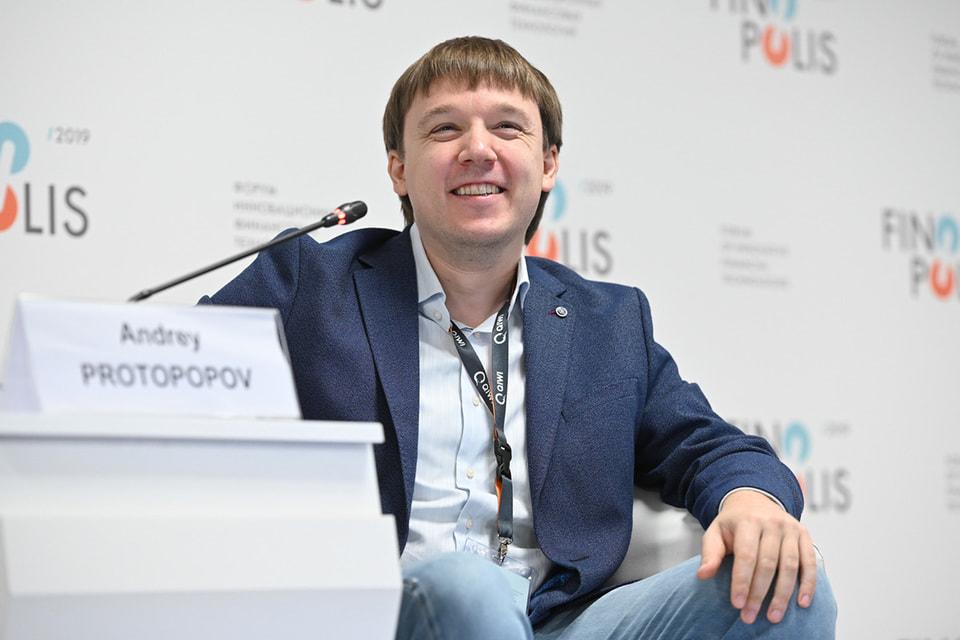 Андрей привлек к игре не только коллег, но и друзей
