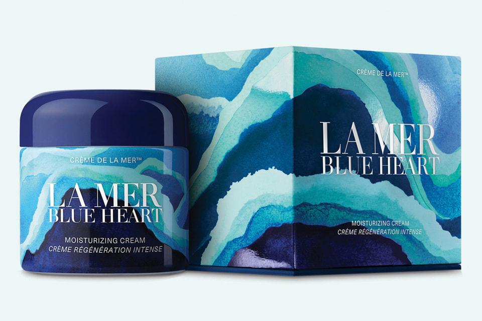 Крем Blue Heart Creme De La Mer каждый год выходит в новом дизайне в честь всемирного дня Океанов, который отмечается 8 июня