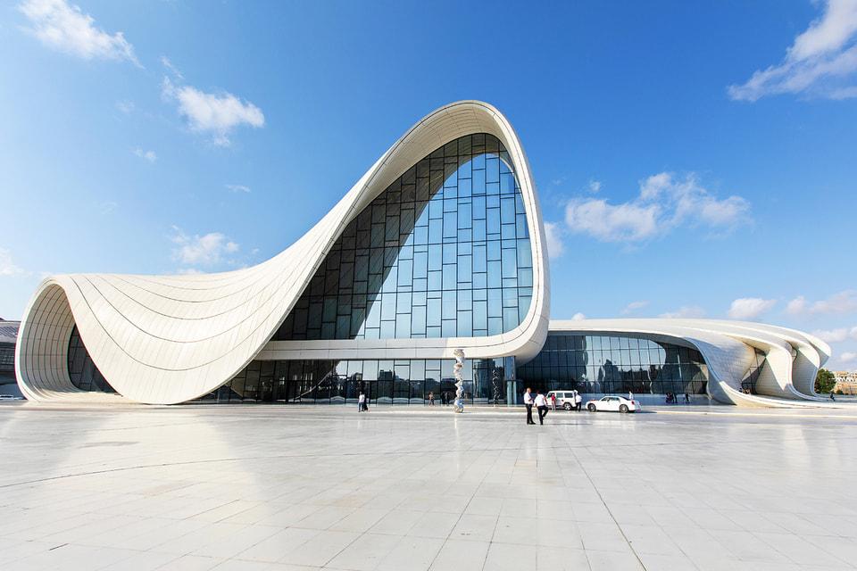 Культурный центр им. Гейдара Алиева: Заха Хадид называла этот объект одним из лучших своих творений