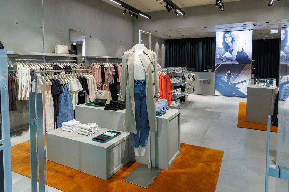 Первый монобрендовый бутик Calvin Klein расположен в ТЦ «Метрополис»