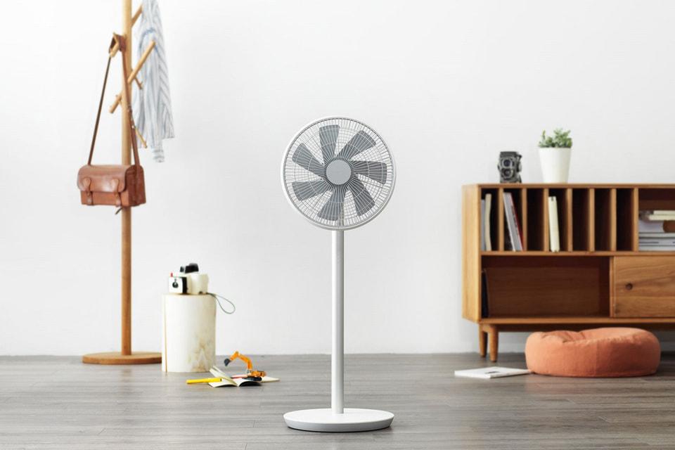 Вентилятор Xiaomi Mi Smart Fan довольно точно имитирует ветер