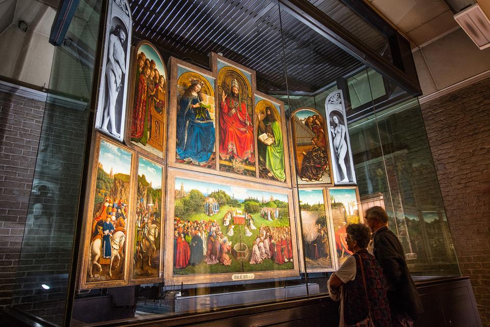 Год, посвященный творчеству художника, проходит под девизом «Боже, здесь был ван Эйк!»