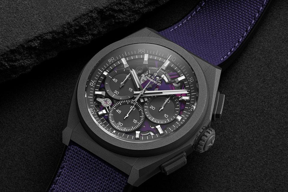 Открытый часовой механизм модели Defy 21 Ultraviolet выполнен в лилово-пурпурных тонах и гармонично дополнен каучуковым ремешком с имитирующей текстиль фиолетовой поверхностью