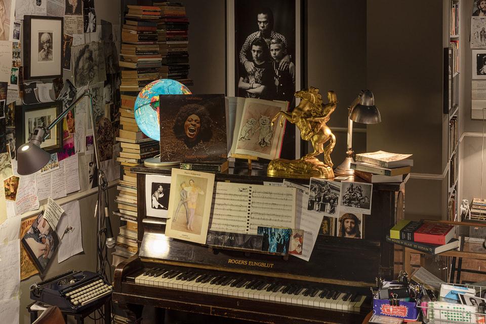 Выставка Stranger Than Kindness. The Nick Cave Exhibition была закрыта на период пандемии, но теперь продлена до февраля 2021 года