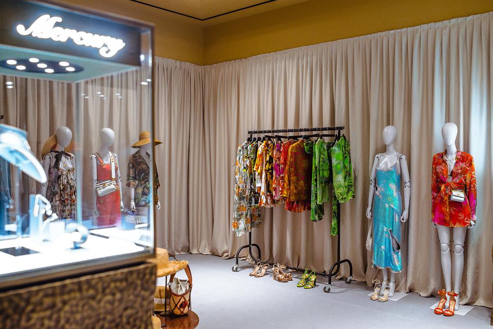 Интерьер поп-ап-бутика в сочинском отеле Hyatt Regency