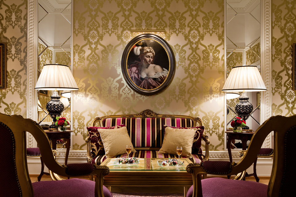 «Фаберже» — один из десяти люкс-апартаментов отеля