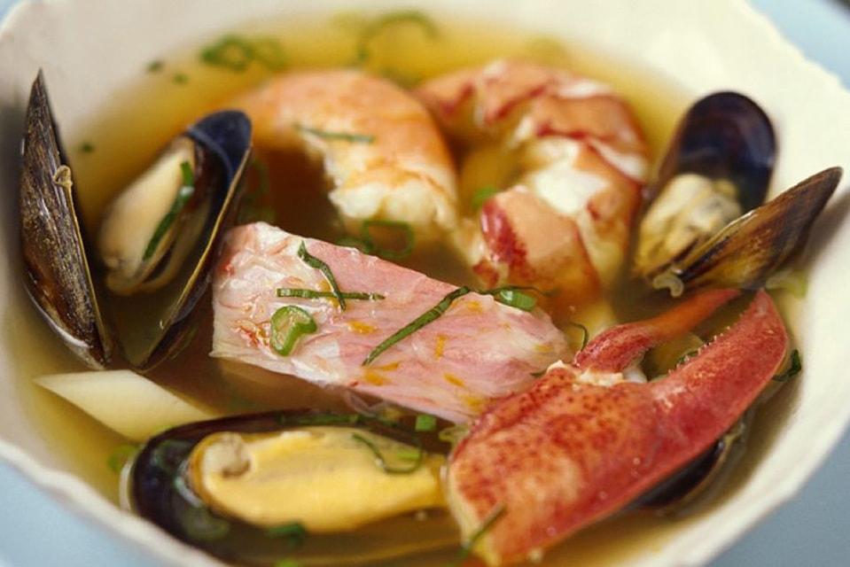 Уха по-бременски готовится из свежевыловленной рыбы