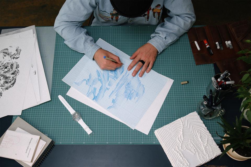 Идея о «противостоянии кисти художника современным технологиям» легла в основу первого проекта Swatch с российским художником
