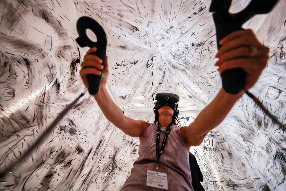 В этом году из-за пандемии VR-программа Венецианского кинофестиваля пройдет онлайн